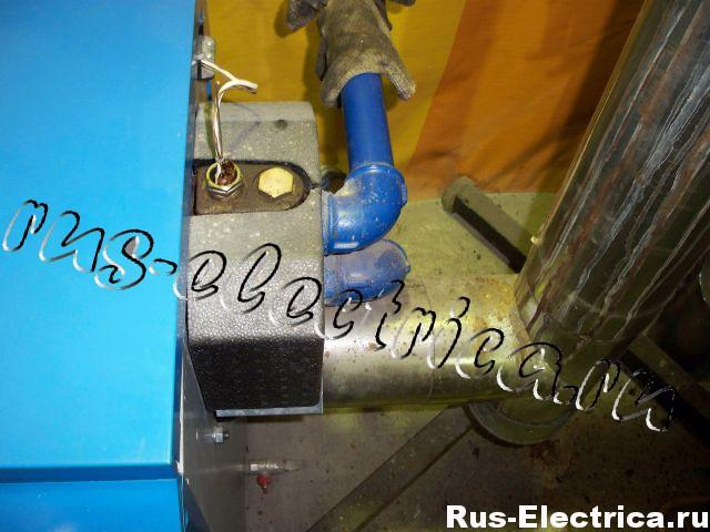 печь на отработанном масле подводка труб отопления и вытяжки